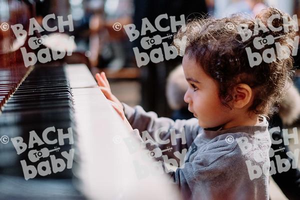 © Bach to Baby 2019_Alejandro Tamagno_Kensington_2019-12-11 030.jpg