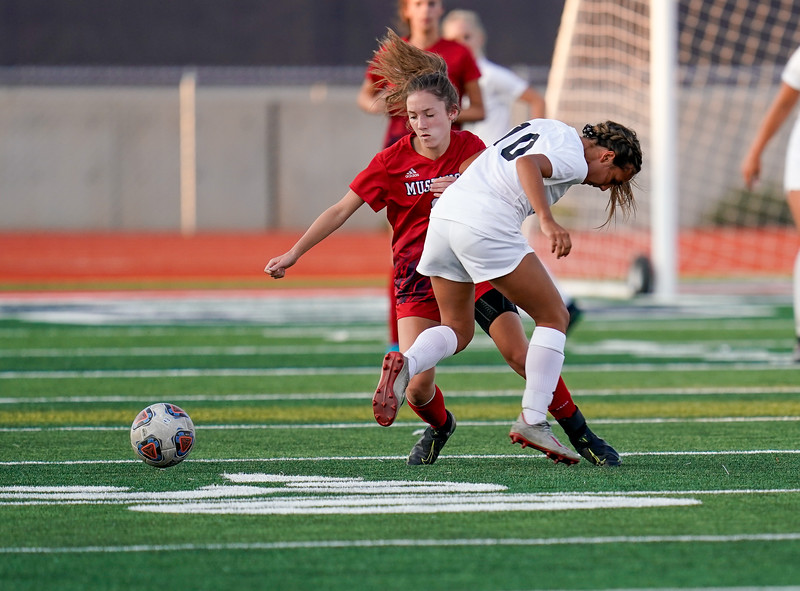 CCHS-vsoccer-pineview0582.jpg
