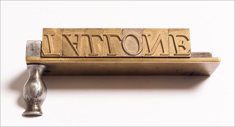 48-pt Italic