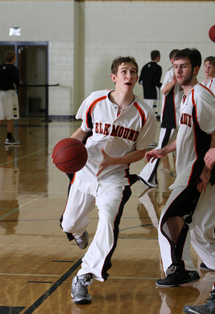Luther tny: Elk Mound vs Luther BBB1213