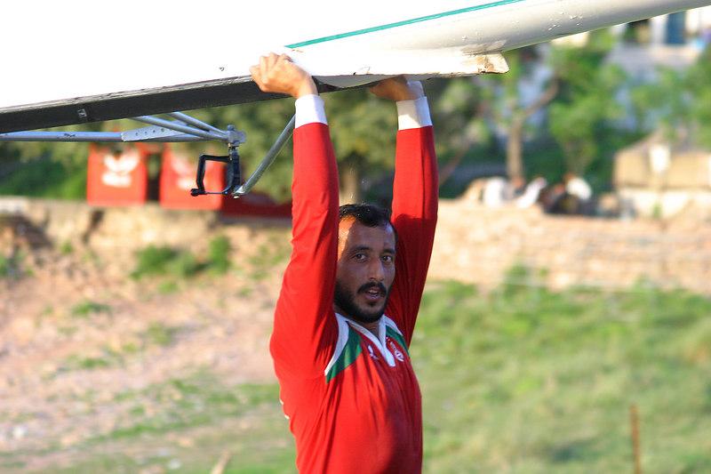 Ghulam Nabi bringing in the boat.