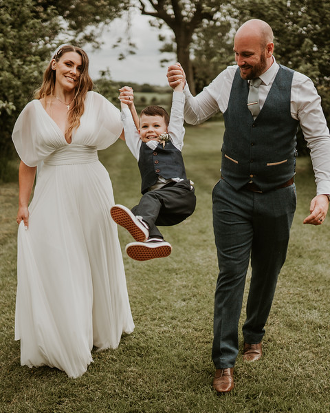 wedding insta feed charli and nick8.jpg