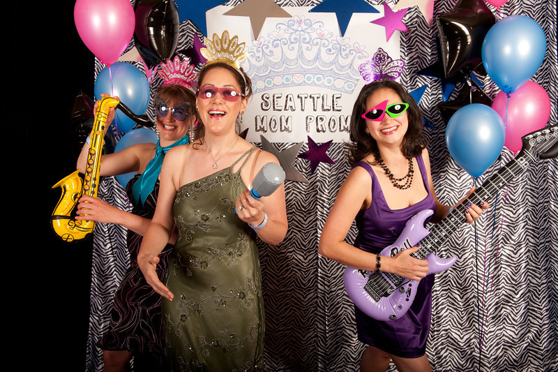 Seattle Mom Prom 2011-7.jpg