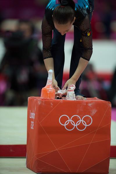 __02.08.2012_London Olympics_Photographer: Christian Valtanen_London_Olympics__02.08.2012__ND43366_final, gymnastics, women_Photo-ChristianValtanen