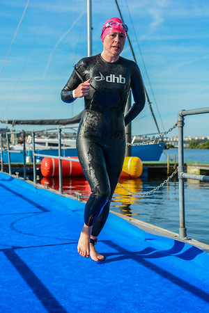 Cardiff Triathlon - Sprint Swim Exit - Pink Hats