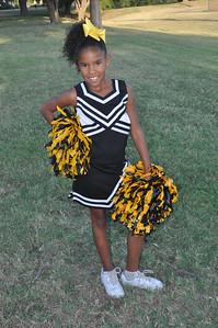 Wichita Golden Bulldogs Cheerleader 4th grade Sept 2014