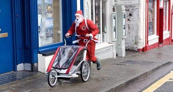 Dingle  Ireland Santa Race 2015