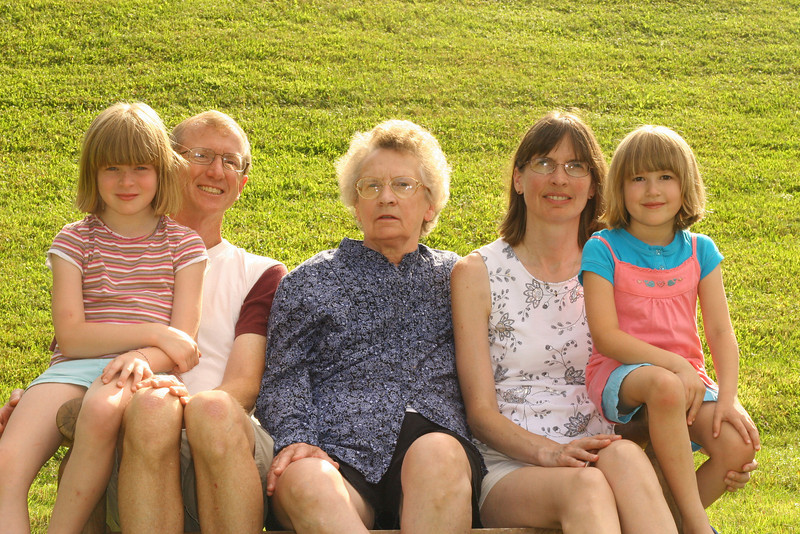 Rossi Family (4).JPG