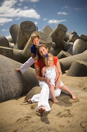 Kenna, Jake and Eva (Family Photography, Seabright Beach, Santa Cruz, California)