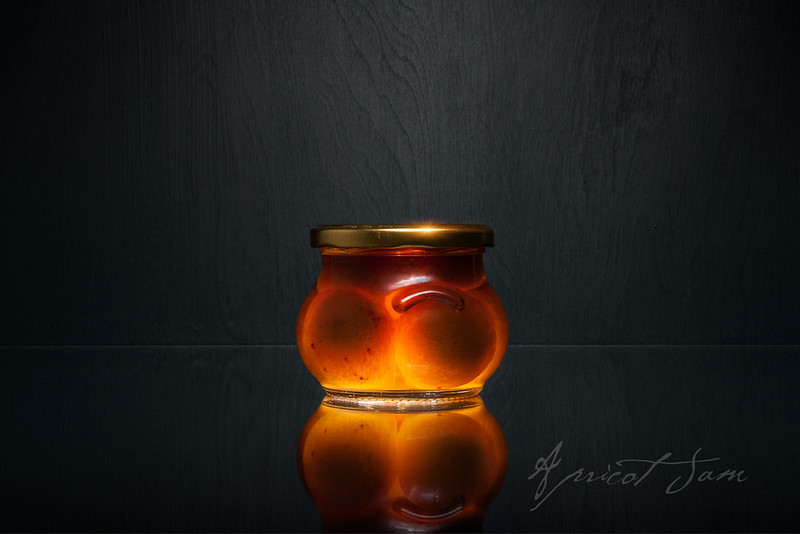 Apricot Jam - Experiment in Glass