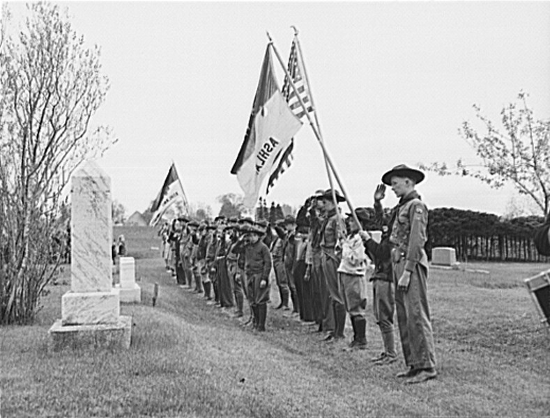 . Ashland, Aroostook County, Maine. Saluting the dead of the first World War at the Memorial Day ceremonies, 1943. John Collier, Photographer.  Courtesy the Library of Congress