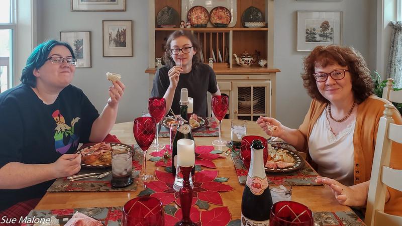 12-25-2019 Family Christmas Edited-42.jpg