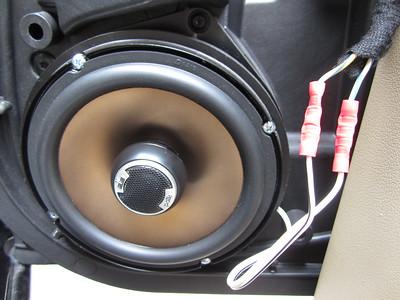 2006 Jaguar XJR Front And Rear Speaker Installation - USA