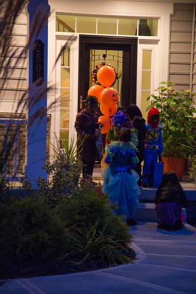 20151031-Halloween at Serdar's-_28A6423.jpg