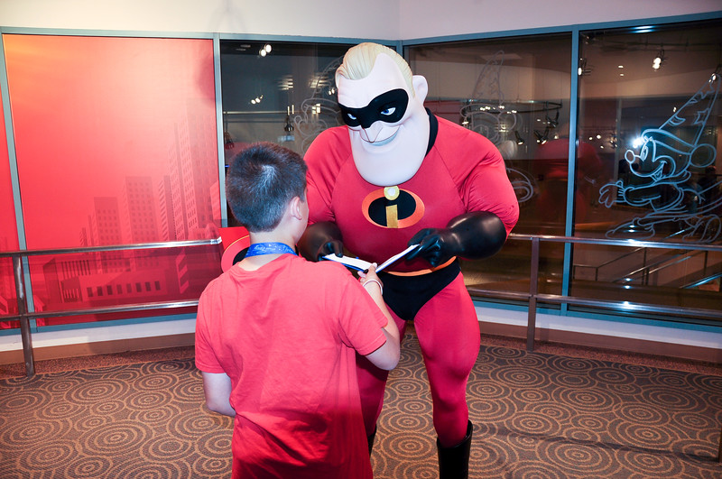 DSC_0675- with Mr Incredible.jpg