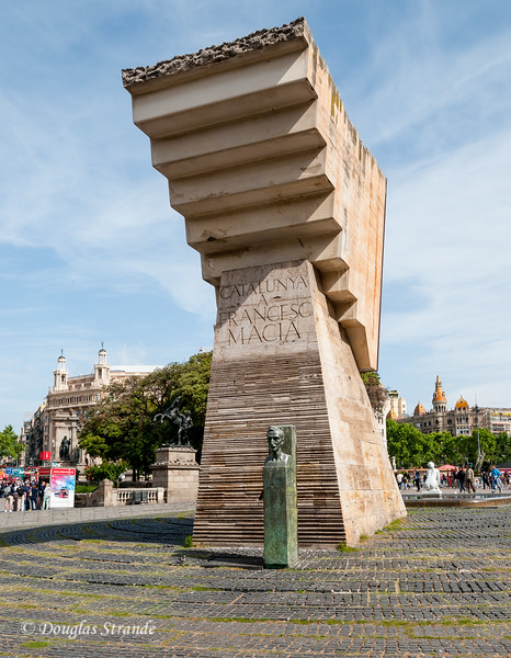 Barcelona: Monument to Francesc Macia, a strong proponent of Catalan independence