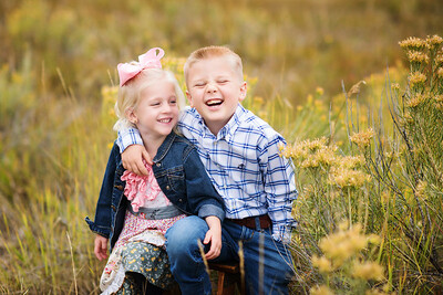 2017 | Hannah & James, 4 and 6 years old