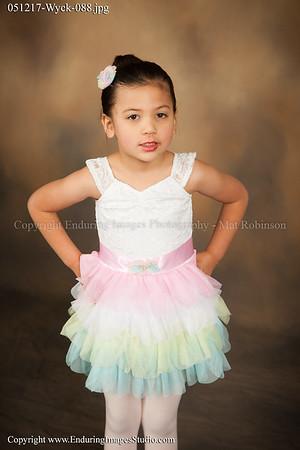 Kinder Ballet (Mon. 4:00)