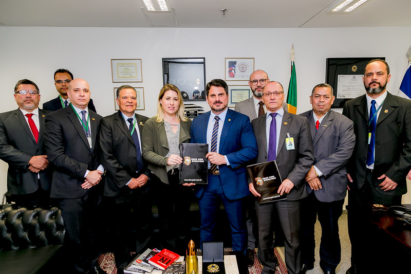 27082019_representantes da FENAPEF,FENAPRF e SINPOL DF_Senador Marcos do Val_Foto Felipe Menezes_09.jpg