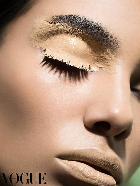 Djinane-Alsuwayeh-Olive-Skin-Foundation-Beauty-1 - Remixed Web Logo.jpg