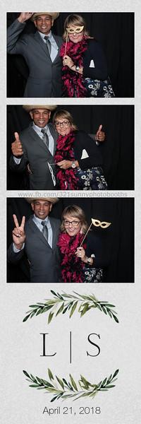 ELP0421 Lauren & Stephen wedding photobooth 40.jpg