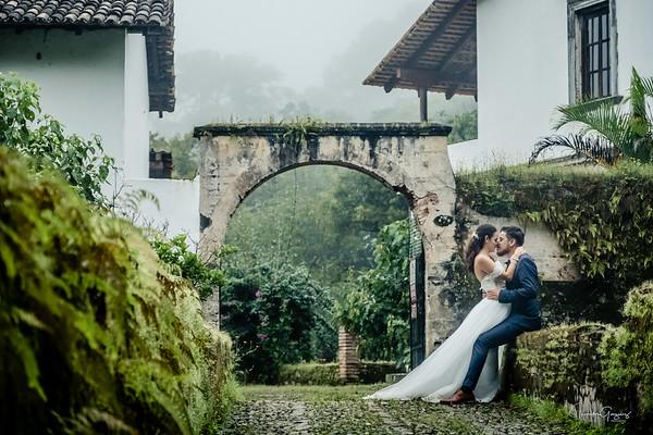 Ixchel & Fernando Sep 30 2017