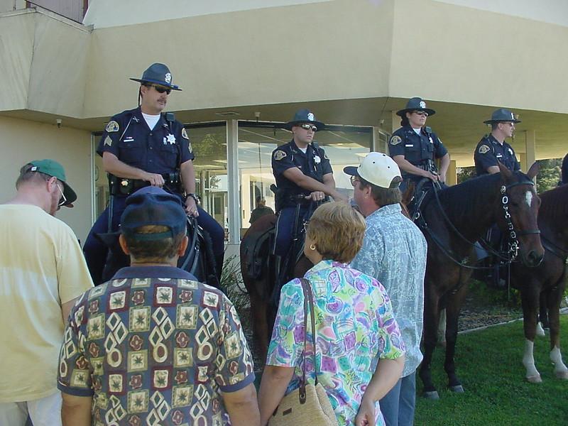 SJPD mounted officers2.jpg