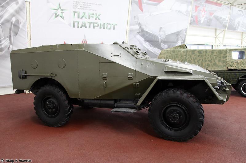БТР-40 (BTR-40)