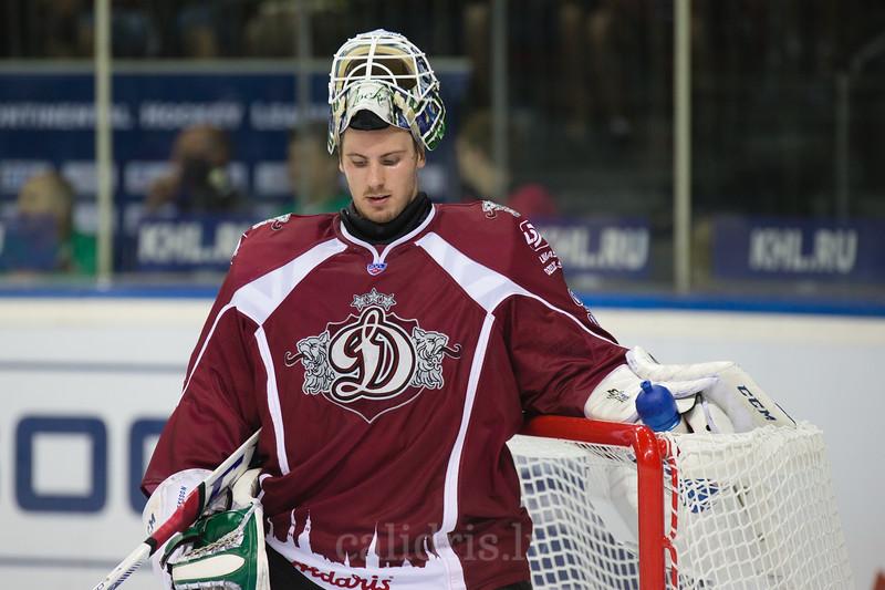 Goaltender of Dinamo Riga Joacim Eriksson (30)