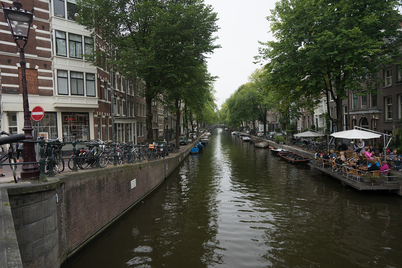 09-17-16 DSC01241 Amsterdam Along walk.jpg