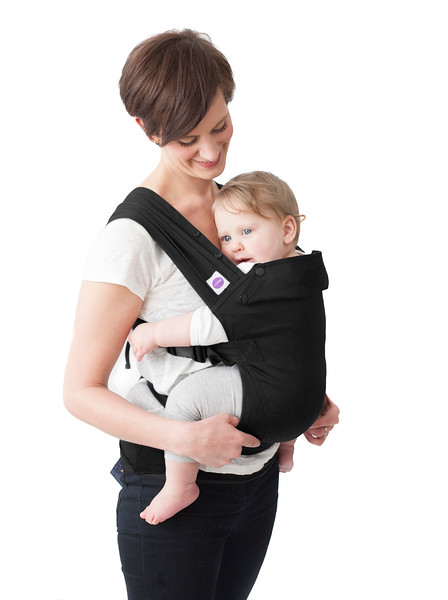 Izmi-Essentials-Black-Mum-Front-Carry-White-Background.jpg