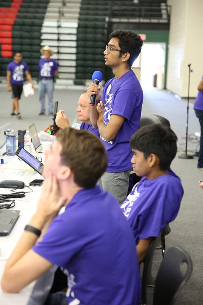 Volunteers announcing crew LH5D7370.JPG