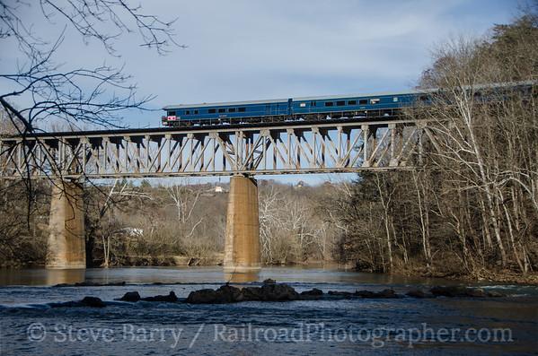CSX Santa Train Church Hill, Tennessee November 22, 2014