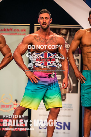 MEN'S PHYSIQUE OVER-182 CM
