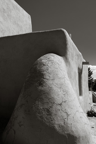 Historic San Francisco de Asis Missionary Church in Ranchos de Taos, New Mexico