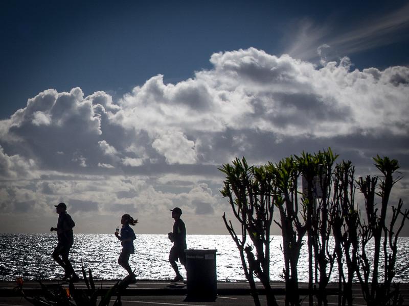 November 1` - Beach runners.jpg