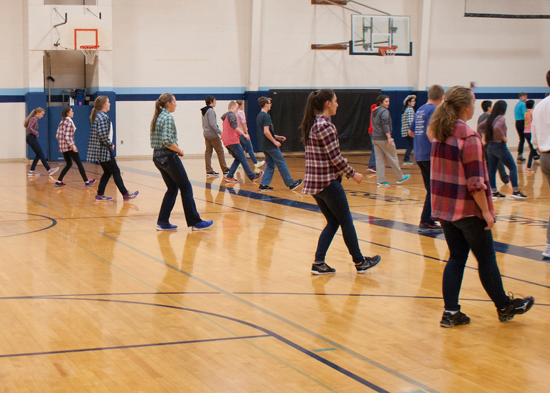 frosh-linedancing-P5-2016_24.jpg
