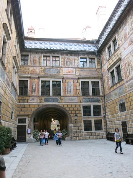 Baroque courtyard @ Cesky Krumlov castle
