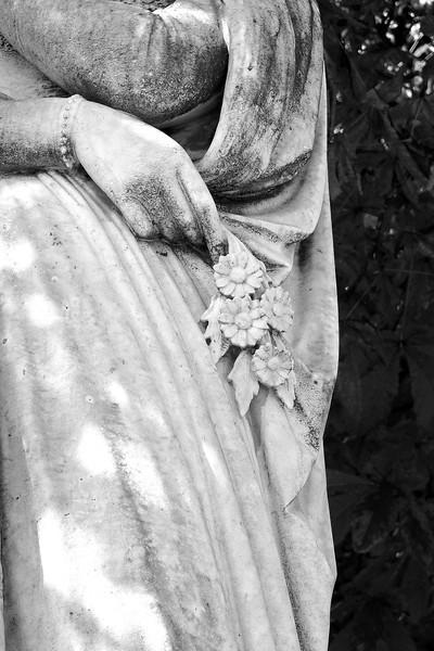 Statue Lux Gardens crop hand  0151.jpg
