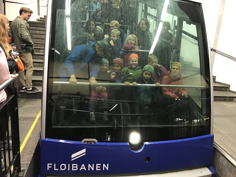 Floibanen tram