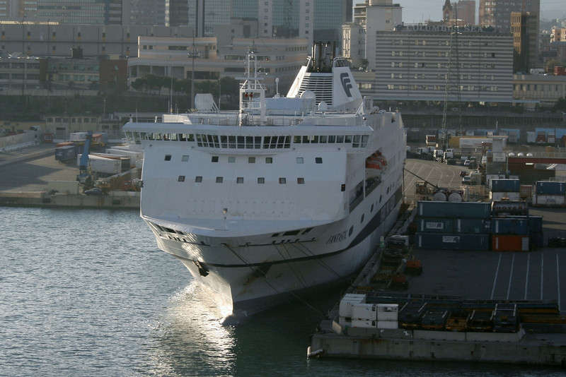 2009 - F/B FANTASTIC moored in Genova.