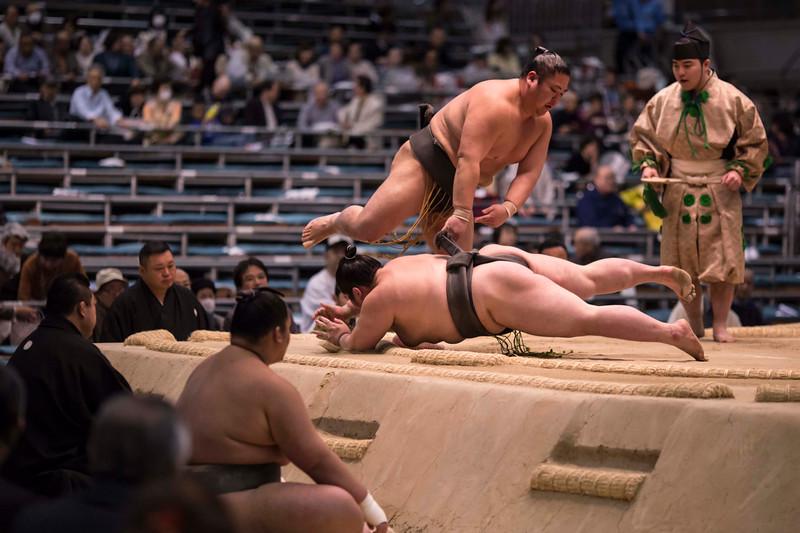 Osaka Sumo 220313 26 .jpg
