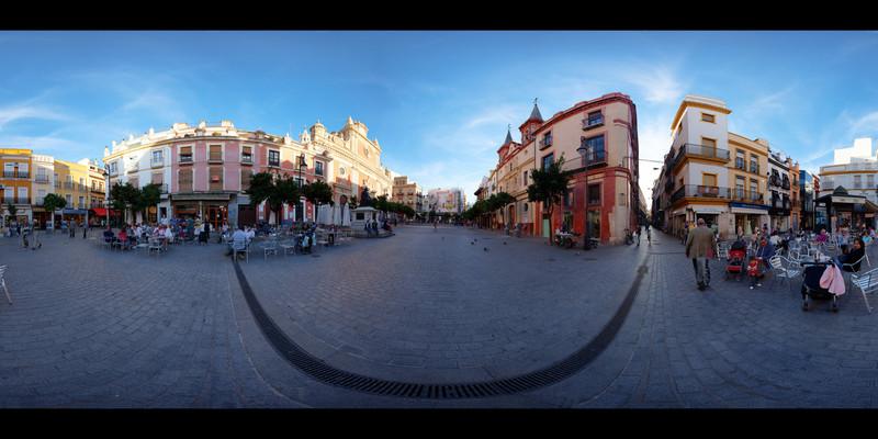 Sevilla Daytime Square HDR Panorama 2.jpg