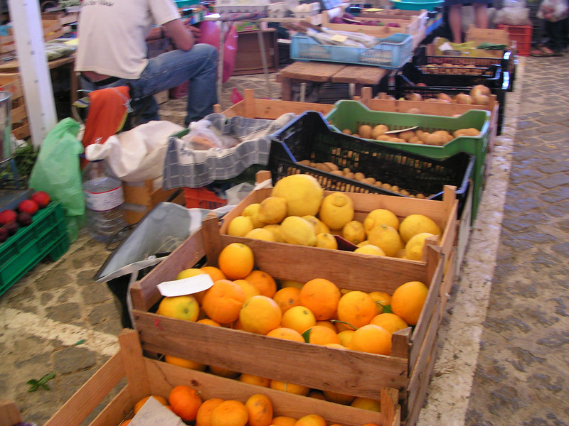 lagos farmers market june 6.2008 024.jpg