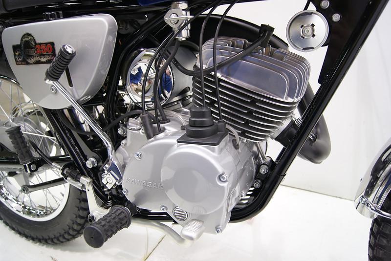1969KawF4 6-10 021.JPG