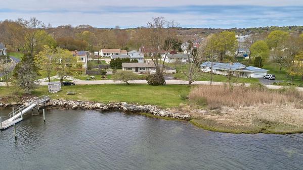 176 Masons Island Rd. :: Masons Island