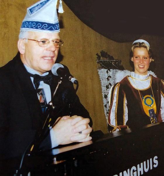 Zitting van het Geberste Kruukske in het Kolpinghuis met Harry van Megen en Page Nancy van den Akker