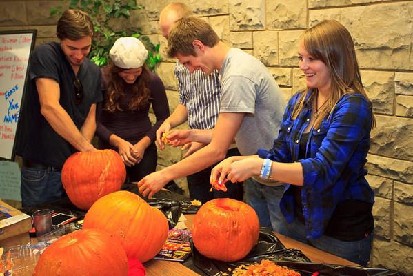Pumpkin Carving (10.29.09)