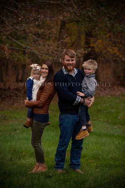 2019 November Ellis Family-293-112.jpg