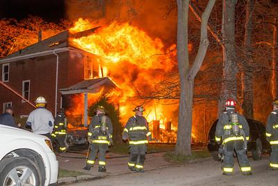 Bewick St. & Mack Ave. Fire (Detroit, MI) 4/9/17